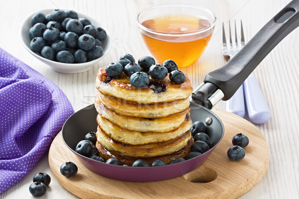 Blueberry pancakes Stock photo © IngridsI