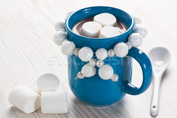 Forró csokoládé mályvacukor kék bögre tél ital Stock fotó © IngridsI