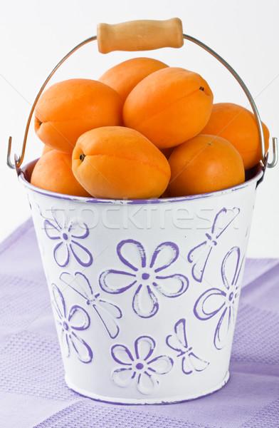 Abrikoos witte emmer rijp vers ondiep Stockfoto © IngridsI