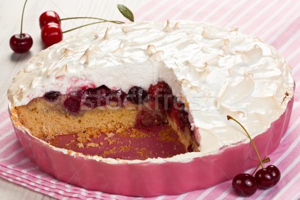 Cseresznye gyümölcs torta házi készítésű rózsaszín tál Stock fotó © IngridsI