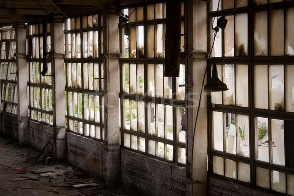 Pencere terkedilmiş fabrika oda kentsel endüstriyel Stok fotoğraf © inoj