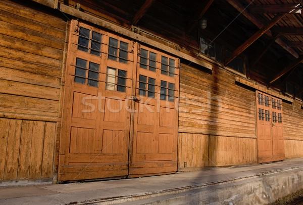 古い 倉庫 ビジネス 壁 ホーム 金属 ストックフォト © inoj