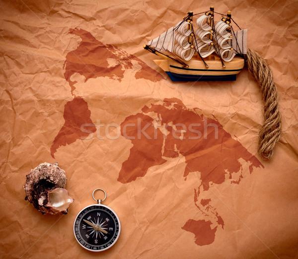 Bússola concha modelo clássico barco papel velho Foto stock © inxti