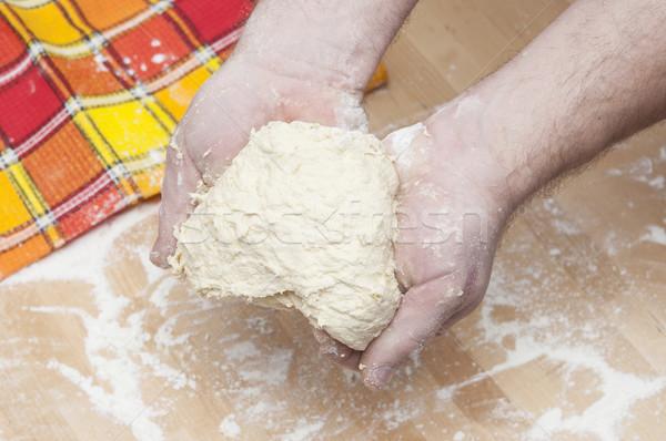 Frissen előkészített kenyér kéz otthon konyha Stock fotó © inxti
