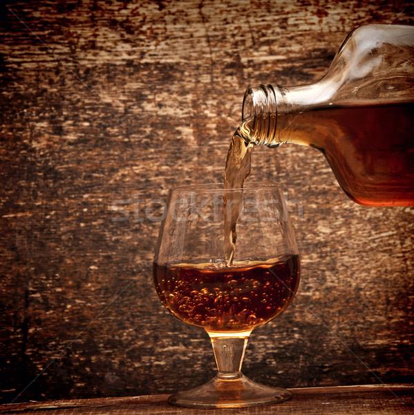 Cognac bouteille verre bois bar Photo stock © inxti