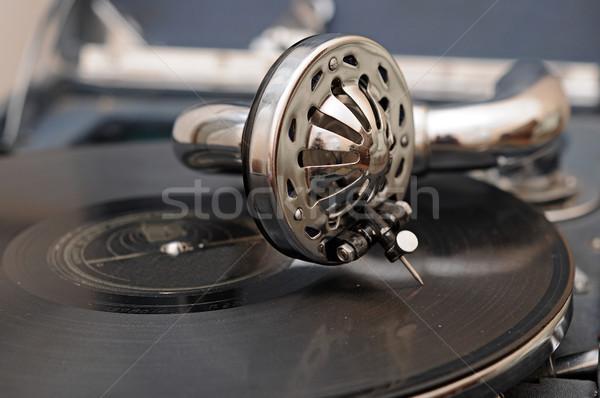 Vintage gramófono metal orador retro sonido Foto stock © inxti