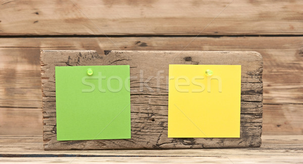Kleurrijk herinnering merkt bevestigd oude houten Stockfoto © inxti
