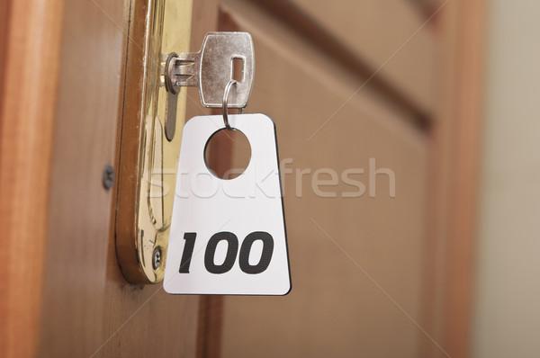 Clave ojo de la cerradura etiqueta oficina casa habitación Foto stock © inxti