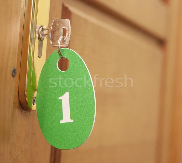 ドア 木材 翼 ドアの鍵 前方後円墳 番号 ストックフォト © inxti