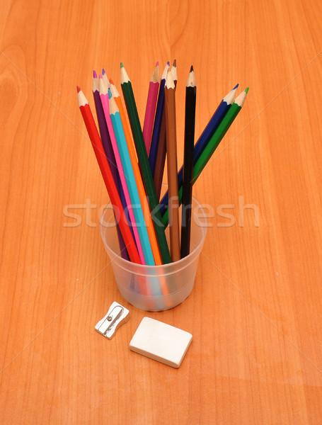 Kolorowy ołówki temperówka gumki szkła tabeli Zdjęcia stock © inxti