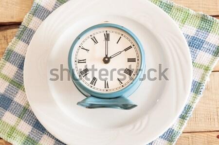 レトロな 目覚まし時計 プレート 食事 時間 表 ストックフォト © inxti