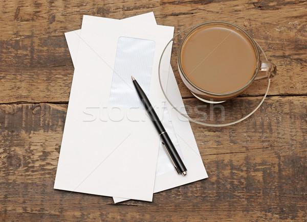 Kettő fehér fekete toll fa iroda Stock fotó © inxti