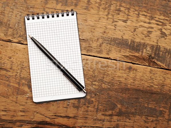 Bloco de notas caneta mesa de madeira madeira negócio Foto stock © inxti
