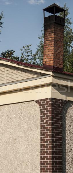 Cegły komin niebo budowy domu tle Zdjęcia stock © inxti