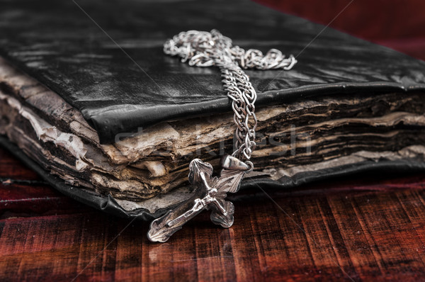 Vecchio vintage cross primo piano argento christian Foto d'archivio © inxti