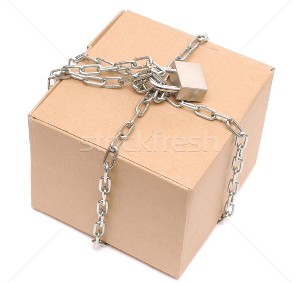 Zdjęcia stock: Karton · zamknięte · łańcucha · blokady · biały · tle