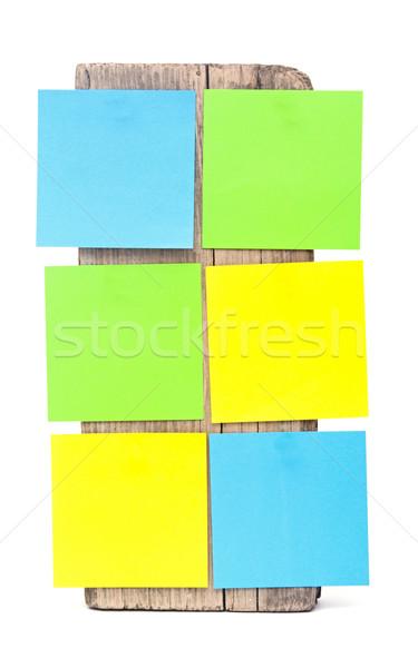 Színes emlékeztető jegyzetek csatolva öreg fából készült Stock fotó © inxti