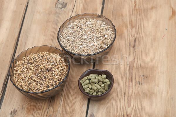 Bira malzemeler malt ahşap masa üst arka plan Stok fotoğraf © inxti