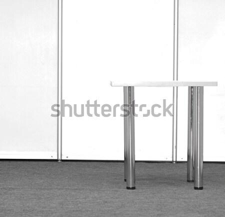 Wystawa stoją tabeli spotkanie budowy przemysłu Zdjęcia stock © inxti
