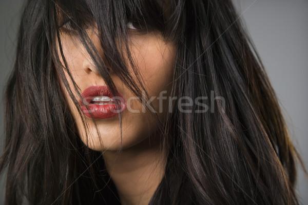 Stockfoto: Mooie · jonge · vrouw · lang · zwart · haar · vrouw · model