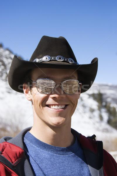 Uomo indossare cappello da cowboy maschio occhiali da sole Foto d'archivio © iofoto
