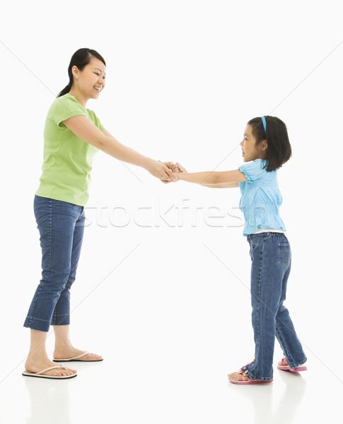 母親 娘 アジア 演奏 一緒に 手をつない ストックフォト © iofoto