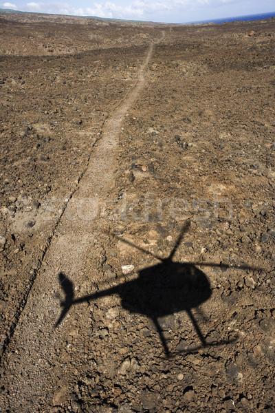 Helikopter árnyék ösvény vezető terep repülés Stock fotó © iofoto