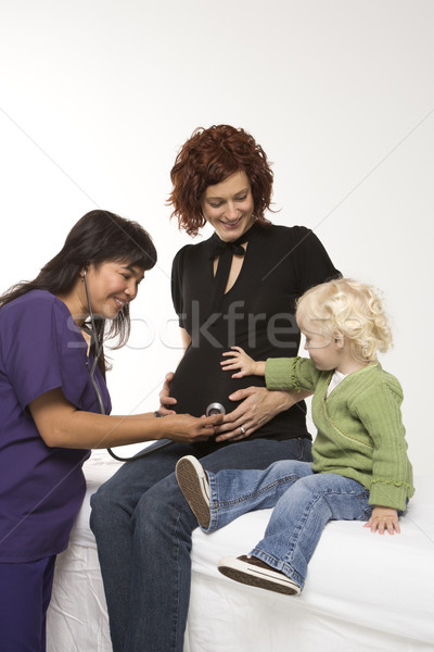 Foto stock: Mulher · grávida · exame · enfermeira · estetoscópio · caucasiano