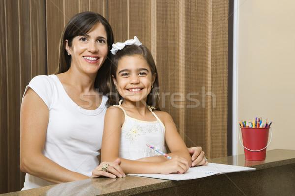 母親 娘 ヒスパニック 肖像 宿題 女性 ストックフォト © iofoto