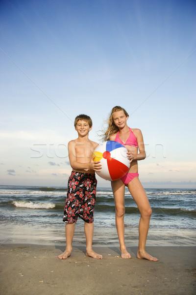 Stock fotó: Fiú · lány · tengerpart · kaukázusi · tart · strandlabda
