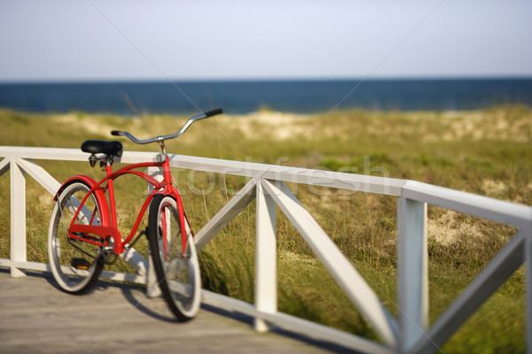 ビーチ クルーザー 自転車 レール はげ ストックフォト © iofoto