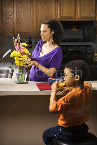 Ciąży mama syn portret młodych matka Zdjęcia stock © iofoto