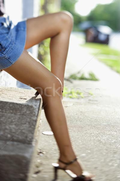 Lábak nő kaukázusi visel kék szoknya Stock fotó © iofoto