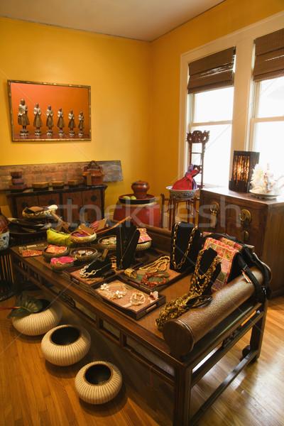 Elegante casa armazenar interior eclético mobiliário Foto stock © iofoto