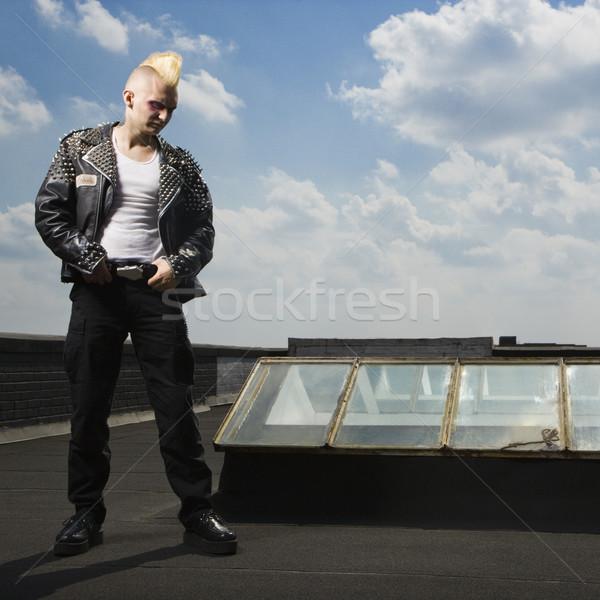 панк Постоянный крыши портрет кавказский мужчины Сток-фото © iofoto