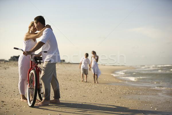 семьи пляж матери отец передний план горизонтальный Сток-фото © iofoto