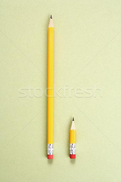Ceruza összehasonlítás egy hosszú rövid oldal Stock fotó © iofoto
