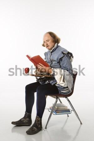 Escolas secretária roupa sessão leitura livro Foto stock © iofoto