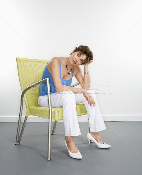 Portrait joli femme séance Photo stock © iofoto