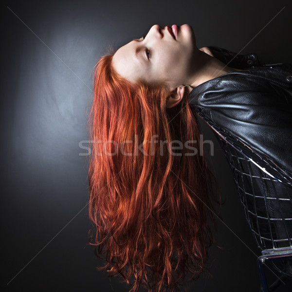 Hosszú haj nő csinos vörös hajú nő fiatal nő visel Stock fotó © iofoto