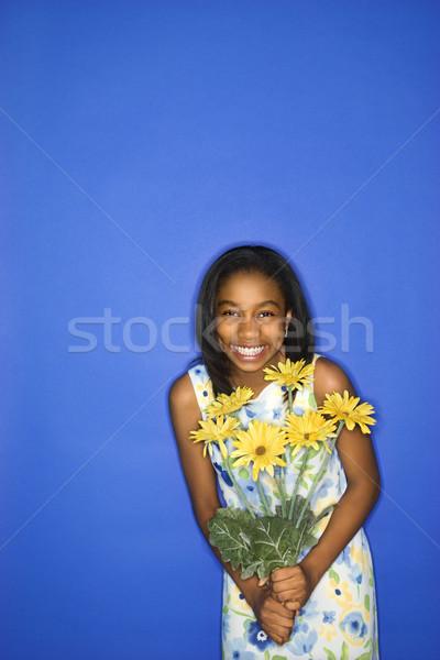 Lány tart virágcsokor portré tinilány virágcsokor Stock fotó © iofoto