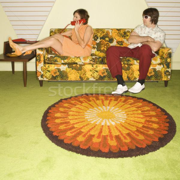 çift kanepe kafkas kadın telefonu adam Stok fotoğraf © iofoto