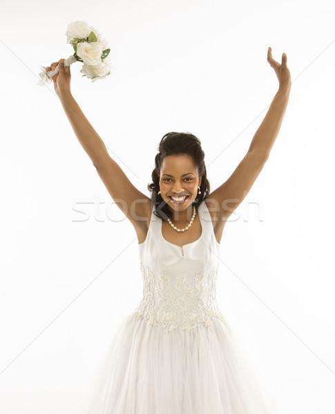 Stock fotó: Menyasszony · tart · virágcsokor · portré · karok · a · magasban · nő