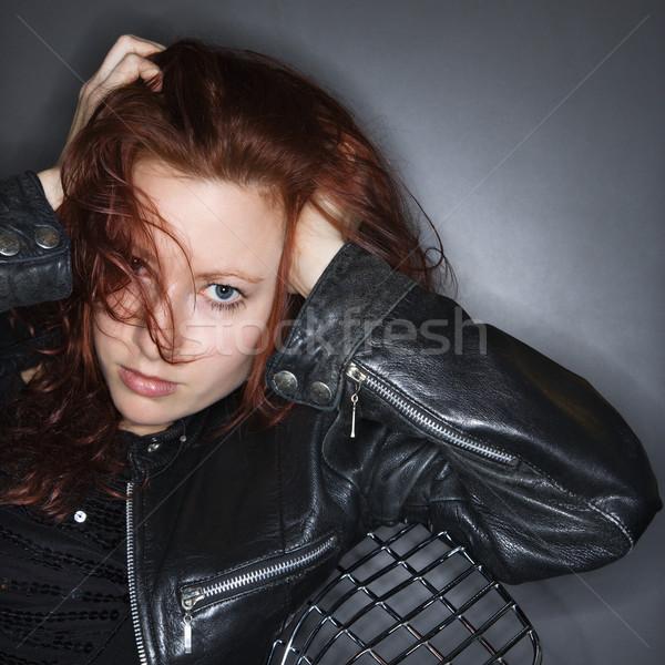 Zdjęcia stock: Dość · portret · kobiety · młoda · kobieta · trzymając · się · za · ręce · portret
