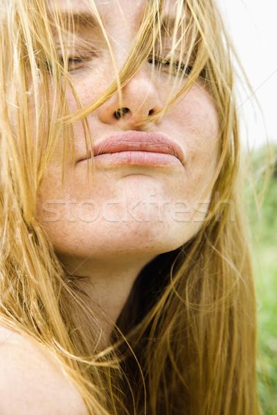 Vrouw grappig gezicht portret aantrekkelijk Stockfoto © iofoto