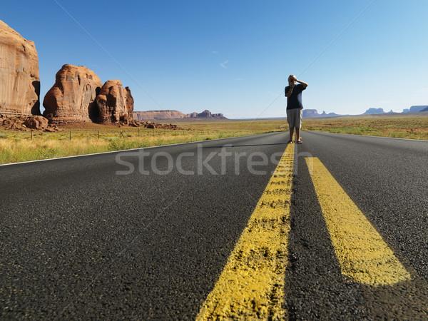 Сток-фото: мальчика · пустыне · дороги · кавказский · Постоянный