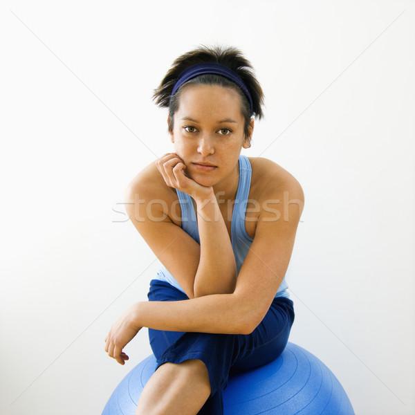 Fitnessz nő portré fiatal nő ül fitnessz egyensúlyozó labda Stock fotó © iofoto