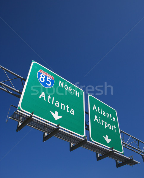 Znak autostrady na północ Atlanta Gruzja lotniska autostrady Zdjęcia stock © iofoto