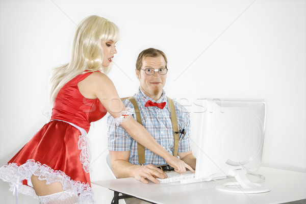 Stockfoto: Man · vrouw · computer · kaukasisch · jonge · man · glimlachend · zoals