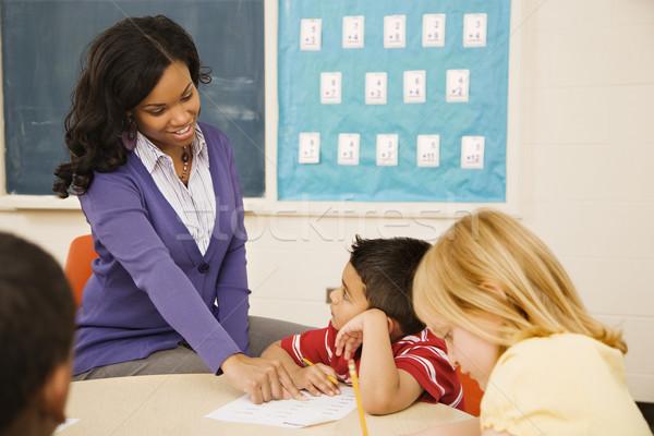 Stock foto: Lehrer · helfen · Studenten · jungen · männlich · Lektion